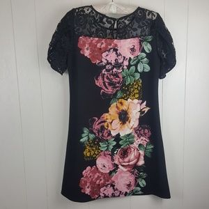 Luxology Dresses - Beautiful floral dress